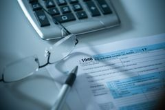 1040 de Belastingsvorm van de V Stock Afbeeldingen