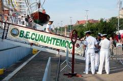 De bemanning van WAPEN Cuauhtemoc in Szczecin stock foto