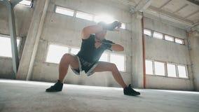 De Benen van de bokserrek stock video