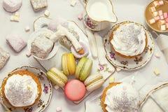 De benoemingen van de de winterlijst met makarons en snoepjes Royalty-vrije Stock Fotografie