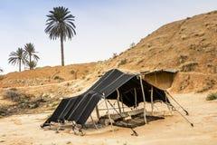 De Berber-tent in de woestijn van de Sahara, Afrika stock foto