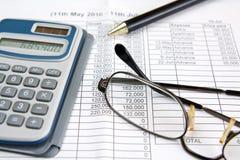 De berekening van het geld Stock Afbeeldingen