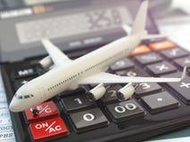 De berekeningsconcept van reiskosten Vliegtuig en calculator Cheape Stock Foto's