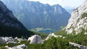 De berg bereikt dichtbij de Blaueis-gletsjer, Zuid-Duitsland een hoogtepunt Stock Foto