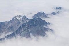De berg die uit het vliegtuig in Nepal wordt genomen Stock Afbeeldingen
