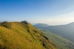 De berg en de hemel Stock Afbeelding