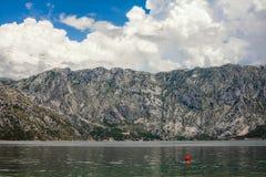 De berg en overzeese van Nice mening stock foto