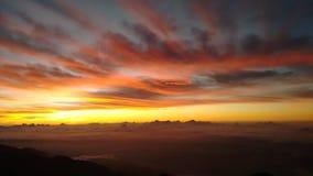 De berg, rode ochtend bij de naiguatapiek, Caracas royalty-vrije stock foto