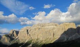De berg rotsachtig landschap van dolomietalpen Royalty-vrije Stock Fotografie