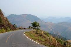 De berg van de klippenweg stock fotografie