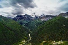 De berg van de Shangri-Lasneeuw Royalty-vrije Stock Afbeelding