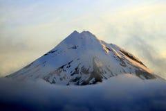 De berg van de zonsondergang Stock Fotografie