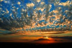 De Berg van de zonsonderganglijst Stock Foto