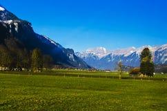 De bergen en de valleien Stock Fotografie