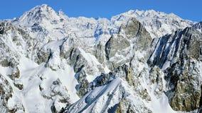De bergen luchtmening van de Chamonixvallei Stock Afbeeldingen