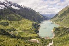 De Bergen Natuurlijke Mooi van alpen Stock Afbeeldingen