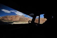 De bergen tijdens een spectaculaire reis Royalty-vrije Stock Afbeelding