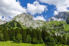 De bergen van alpen Royalty-vrije Stock Afbeeldingen