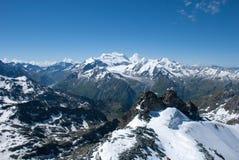 De Bergen van Alpen - tussen Ijs en Sneeuw Royalty-vrije Stock Foto's