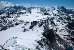 De Bergen van Alpen - tussen Ijs en Sneeuw Stock Foto's