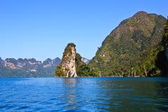 De bergen van de kalksteen in dam, nationaal park Royalty-vrije Stock Afbeeldingen