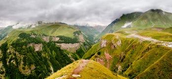 De bergen van de Kaukasus Royalty-vrije Stock Afbeeldingen