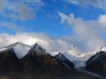 De Bergen van de sneeuw Stock Fotografie