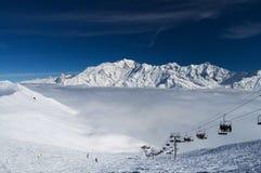 De bergen van de winteralpen Stock Afbeelding
