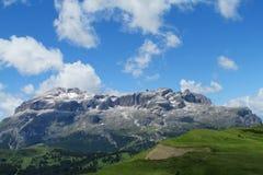 De bergen van dolomietalpen Stock Afbeelding