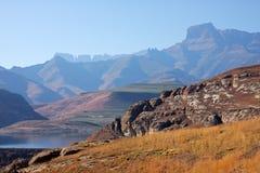 De bergen van Drakensberg, Zuid-Afrika stock fotografie