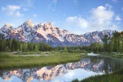 De bergen van Grand Teton in ochtendlicht Stock Foto