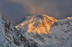 De bergen van Kyrgyzstan royalty-vrije stock foto's