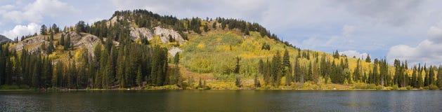 De bergen van Utah bij daling royalty-vrije stock foto