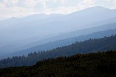 De bergenachtergrond van Rila Stock Foto's