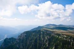 De bergenlandschap van Bucegi Royalty-vrije Stock Foto