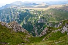 De bergenlandschap van Bucegi Royalty-vrije Stock Fotografie
