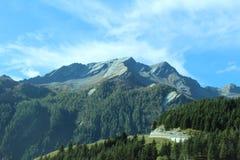 De Bergenlandschap van Zwitserland sommer stock foto's