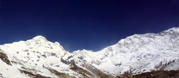 De bergketen van Annapurna Stock Afbeelding