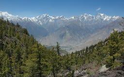 De bergketen van Himalayagebergte. Stock Afbeeldingen