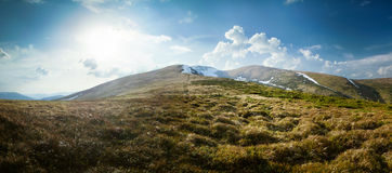 De berglandschap van de lente Stock Afbeeldingen