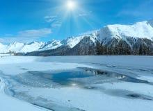 De berglandschap van de winter De toevlucht van de Kapplski, Oostenrijk stock afbeelding