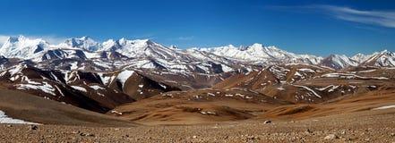 De Berglandschap van Himalayagebergte in Ngari-Prefectuur, Tibet stock afbeelding