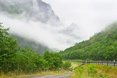 De berglandschap van Noorwegen Stock Foto's