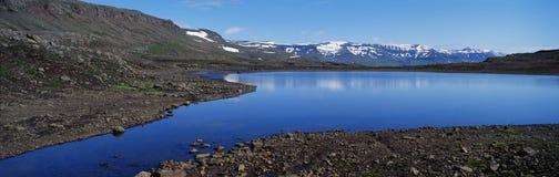De bergmeer van het panorama Stock Foto's