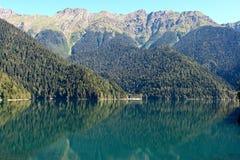 Abchazië, Meer Riza Royalty-vrije Stock Afbeeldingen