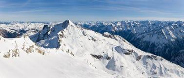 De bergpanorama van alpen Stock Foto's