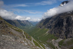 De bergpas van Trollstigen Stock Afbeelding