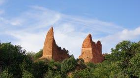 De bergpieken van Lasmedulas in Spanje Stock Afbeelding