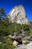 De bergstijging van Yosemite Stock Afbeeldingen