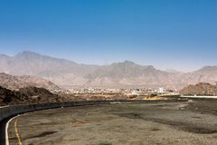 De bergweg dichtbij Taif, Saudi-Arabië royalty-vrije stock foto